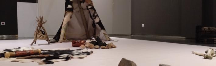 Imatge descriptiva Fem d'arqueòlegs a la Prehistòra